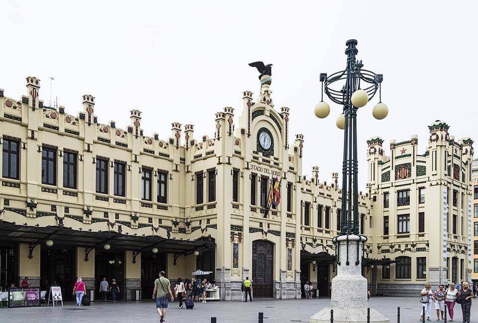Weekend i Valencia: Her er alt, hvad et bohemehjerte kan begære af kunst, vintage og livsnyderi - Politiken